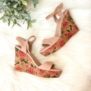 Anthropologie Floral Printed Wedges Size 7